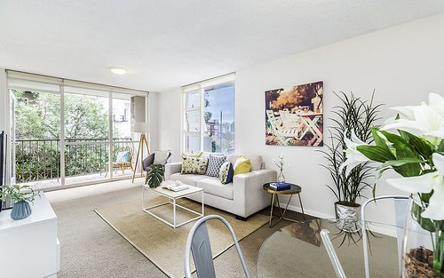 28/2-4 East Crescent St, McMahons Point NSW 2060