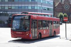 AL ENL22 @ West Croydon bus station (ianjpoole) Tags: arriva london alexander dennis enviro 200 lj58auw enl22 working route 166 west croydon bus station epsom hospital