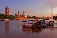 Houses of Parliament (Geoff Henson) Tags: parliament building palace tower clock river water thames sky cloud sunrise dawn morning boat jetty lights london