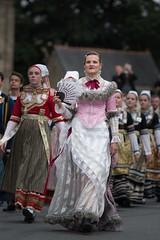 Être bretonne ! (Patrick Doreau) Tags: cercle celtique danse bretonne bretagne costumes tradition culture saintloup festival guingamp doreau eostiged ar stangala kerfeunteun quimper costume