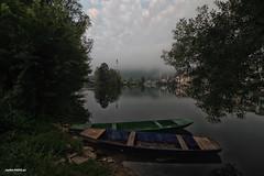 Misty morning by the river Una in Bosanska Otoka (malioli) Tags: boat river mist misty fog foggy tree mosque water canon