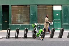 Green ( serie walkers ) (Jean-Marc Vernier) Tags: walk streetwalk streetview streetphotography street urban city fujifilm fujixt20 green