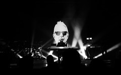 Howard Jones @ Manchester Ritz 24.11.17 (eskayfoto) Tags: panasonic lumix lx3 gig music concert live band stage tour manchester lightroom manchesterritz ritz theritz howard jones howardjones hojo monochrome mono bw blackandwhite p1640715editlr p1640715