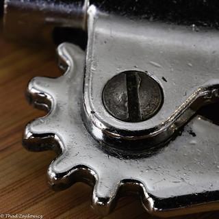 Wine opener cogwheel - HMM!