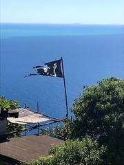 Campiglia (cristina.sanvito) Tags: campiglia cinqueterre mare sea jollyroger