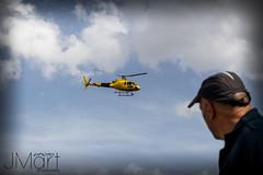 LA18VUELTA25 (PHOTOJMart) Tags: fuente del maestre jmart helicoptero la vuelta españa covatilla candelario bejar