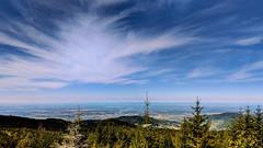 Blick über die Rheinebene zu den Vogesen bei Sasbach-Walden (MHikeBike) Tags: wald berge wasser bäume nationalpark schwarzwald nordschwarzwald murg murgtal baiersbronn huzenbach schönmünzach wandern wege ruhe berg radweg fahrrad weg