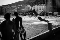 L1000909 (Clemens Conde) Tags: leica carlzeiss zm m bw brazil people