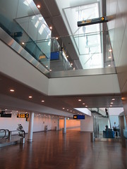 Architecture of gate area, Copenhagen Airport, Denmark (Paul McClure DC) Tags: july2015 denmark airport kastrup copenhagen architecture amager modern