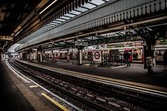 Golders Green (dorinser) Tags: london goldersgreen trainstation station rail railway