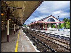 Paseando por Escocia (edomingo) Tags: edomingo olympusomdem10 mzuiko918 aviemore escocia estación ferrocarril
