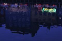 Nyhavn (just.Luc) Tags: evening soir avond abend dark dusk donker valavond schemering water eau wasser reflection réflexion reflexion weerkaatsing blue blauw blau bleu azul kopenhagen københavn copenhagen copenhague copenhaga zealand sjælland seeland danmark denmark denemarken danemark dänemark tanska europa europe