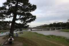 Kamogawa Delta (yukky89_yamashita) Tags: 鴨川デルタ 京都市 京都 kyoto japan river bench reading