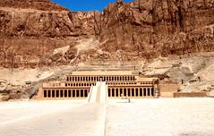 TEMPLO DE HATSHEPSUT  EGIPTO 8143 14-8-2018 (Jose Javier Martin Espartosa) Tags: templodehatshepsut deirelbahari luxor egipto egypt wordheritagesite patrimoniodelahumanidad