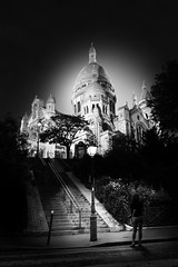 Sacré-Coeur/B&W (Fabdub) Tags: parisien paris sacrécoeur noiretblanc noirblanc blackwhite blackandwhitephotography bw nightshot night monument architecture leicaq leica monochrome 28mm summilux nuit bâtiment