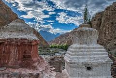 Sunlight (madentropy) Tags: trekking kashmir india landscape ladakh incredibleindia valley