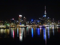 Auckland belle de nuit (♥ L'humoureuse :-)) Tags: auckland newzealand nouvellezélande