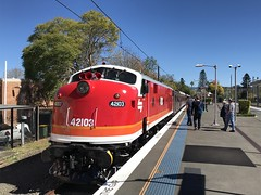 Getting ready for the second trip on Sunday ... (highplains68) Tags: aus australia nsw newsouthwales richmond lvr shuttles 42103 4204 lachlanvalleyrailway