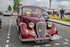 1951 Simca 8-1200 - DL-23-97 (Oldtimers en Fotografie) Tags: 1951simca81200 dl2397 1951 simca81200 simca 81200 frenchcar frenchautomobiles frenchcars classiccar classiccars klassiekers klassieker oldtimer oldtimers oldcars oldcar voiture voitures automobiles automobile carshow carevent oldtimerevenement oldtimertreffen nationaleoldtimerdaglelystad2018 oldtimerdag lelystad oldtimerdaglelystad oldtimerdaglelystad2018 fransverschuren fotograaffransverschuren photographerfransverschuren oldtimersfotografie car vehicle