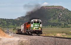 BN Smoke Show (Wheelnrail) Tags: bn burlington northern santa fe train trains emd sd402 joint line pikes peak subdivision colorado jl lcol131 smoke larkspur butte rockies