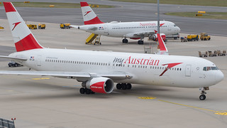 VIE - Austrian Airlines Boieng 767-300 OE-LAY