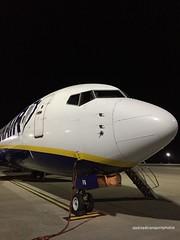 Ryanair- EI-EPA (anthonymurphy5) Tags: aviationphotography aviation flight pilot travel transport outside ryanairboeing737 jetplane jetphotos planephotography planespotting boeing ryanair eiepa boeing737800 nightstopper liverpooljohnlennonairport