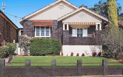 51 Lily St, Hurstville NSW 2220