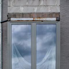 formes 54 (godelieve b) Tags: brussels fenêtre window chantier ensuspens suspended nuages cloud rideau curtain reflet grey gris nobodyisthere carré square lines