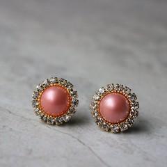 Coral and gold earrings! https://t.co/8mWhHORbQa #etsy #jewelry #fashion #women #wedding https://t.co/6kM2PrjNpd (petalperceptions.etsy.com) Tags: etsy gift shop fashion jewelry cute