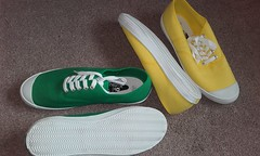Plimsolls of the day pairs 136 and 137. Green and yellow canvas oxfords from Oki Kutsu. (eurimcoplimsoll) Tags: