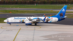 SunExpress Boeing B737-8 TC-SNN (SjPhotoworld) Tags: germany deutschland deutchland rheinland dusseldorf dus duesseldorf dusseldorfairport eddl airport airliner aviation aircraft airplane airline avgeek airliners airlines arrival boeing b737 b737800 b7378 winglets scimilar sunexpress xq sxs turkey holiday playstation logojet logo special explore exotic fr24 flickr flickrelite front flight transport travel taxiway canon challenge