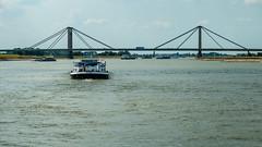 Marieke (glukorizon) Tags: auto boat boot bridge brug car gelderland nederland prinswillemalexanderbrug schip ship truck vrachtwagen waal