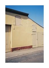 (Dennis Schnieber) Tags: 35mm kleinbild analog color film kodak gold 200 olympus 35rc compact friedland brandenburg