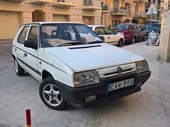 Škoda Favorit 135 LS (Norbert Bánhidi) Tags: malta saintpaulsbay sanpawlilbaħar baiadisanpaolo buġibba car vehicle škoda skoda malte мальта málta