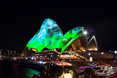 Vivid Sydney - Sydney Opera House (Theo Crazzolara) Tags: sydney sydneyoperahouse operahouse opera culture australia newsouthwales highlight sightseeing beautiful city vividsydney vivid colourful festival winter party evening light night