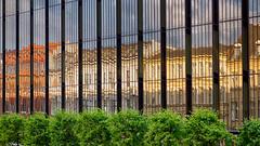 Fragmented view (Elenovela) Tags: kopenhagen københavn copenhagen danmark denmark dänemark fassade facade spiegelung reflexion architektur architecture panasonicgh5 leicadg1260mmf2840 elenovela karstenmüller