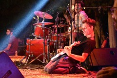 Saristra 2018 : Bazooka (Christophe Rose) Tags: guitare batterie drums guitar basse grèce greece saristra festival kefalonia céphalonie band live groupe concert îlesioniennes ionianislands christopherose christophe rosé flickr bazooka tour κεφαλονιά ιόνιανησιά ελλάδα 2018