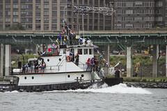 r_180909192_beat0075_a (Mitch Waxman) Tags: 2018greatnorthrivertugboatrace hudsonriver manhattan tugboat workingharborcommittee newyork