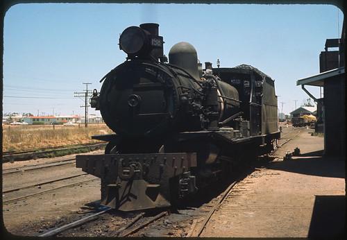 3.12.1968 Peterborough - South Australia loco SAR T198 light engine (mb-s003-19)