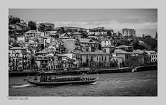 paseo por la ruta del vino (héctoRcondE) Tags: nikon d810 abril oporto portugal puerto río duero barcos arquitectura bw blancoynegro blackwhite biancoenero bn monocromo monocromatica