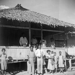 Album1-136b Sanggai (Stichting Papua Erfgoed) Tags: vanlogchem stichtingpapuaerfgoed