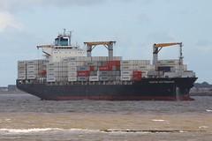 Maersk Nottingham (das boot 160) Tags: maersknottingham container boxboat dockd docking maritime river rivermersey boat ship maersk