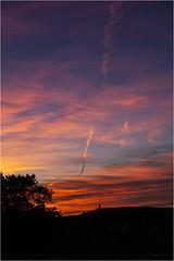 Sunset & Clouds (:: Blende 22 ::) Tags: germany german deutschland thuringia thüringen eichsfeld landkreis eic heilbadheiligenstadt heiligenstadt sunset sonnenstrahlen sonnenuntergang sonne sun clouds cloudy canoneos5dmarkii sky himmel licht light ef70200mmf4lisusm