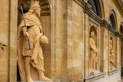 Edward III, Queen Philippa and Charles I (FlickrDelusions) Tags: oxford statues thequeenscollege oxfordshire library oxfordopendoors england unitedkingdom gb