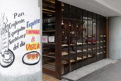 pan (Luna Park) Tags: cdmx mexicocity mexico df handpainted signage sign lunapark bread bakery pan