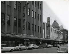 Rex Theatre and Cox Foys, Rundle Street (City of Adelaide) Tags: cityofadelaide adelaide heritage rundlestreet rundlemall coxfoysdepartmentstore rextheatre adelaidearcade departmentstores theatres cars pedestrians townacre84 townacre85