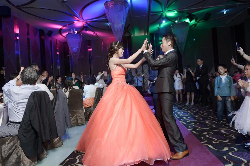 43322751395 ba98059670 o 超high婚禮進場方式與小遊戲!讓你的婚禮絕不冷場~