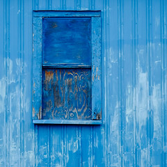 (jtr27) Tags: dscf0640xl4 jtr27 fuji fujifilm xe2s xtrans nikon nikkor micro macro 55mm f35 manualfocus blue plywood square abstract building