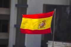 Ondeando en Canarias (kum111) Tags: bandera flag españa spain espagne espanya spagna espange hispania hispanio ondear wave rojo amarillo gualda