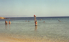 canon_f1_new_kodak_gold_200_ (123) (AVITAL N.) Tags: canonf1new kodakgold pushdevelopment paros greece seaside sea